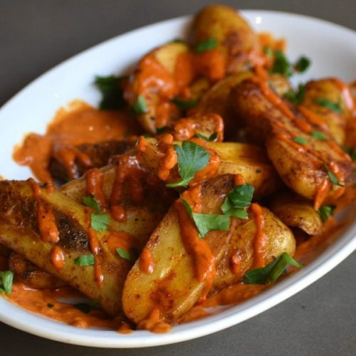 Patatas Bravas (Spanish Fried Potatoes with spicy Tomato Sauce)