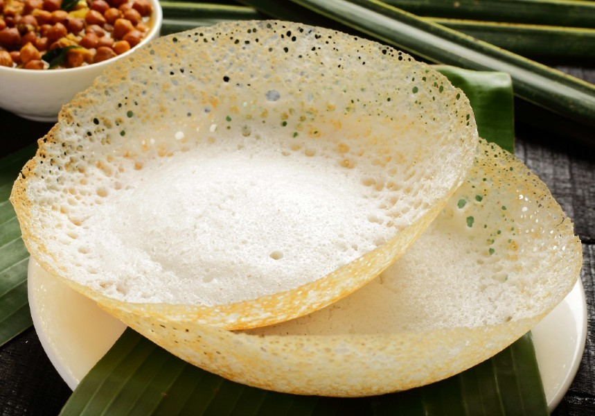coconut milk appam - தேங்காய் பால் ஆப்பம்