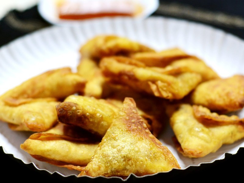 onion samosa - வெங்காய சமோசா