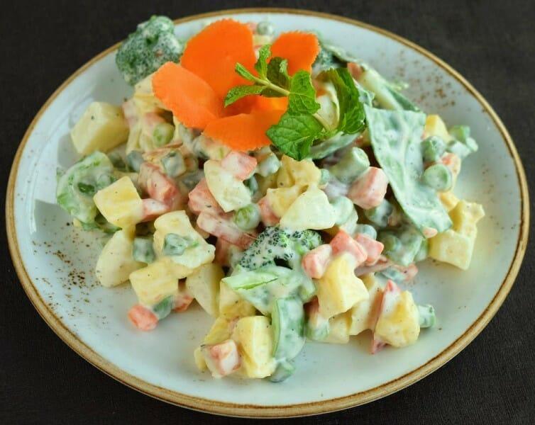 russian salad - ரஷ்யன் சாலட்