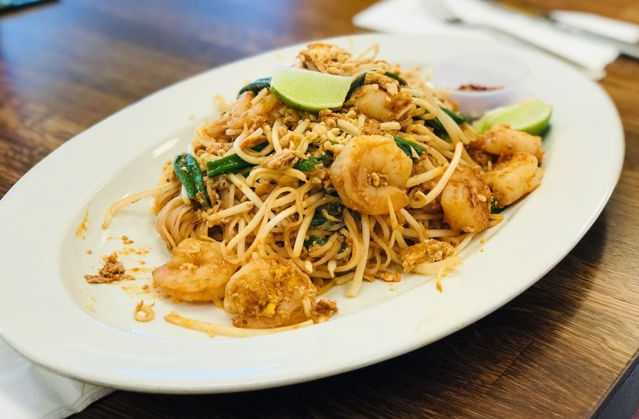 shrimp pad thai - Shrimp Pad Thai