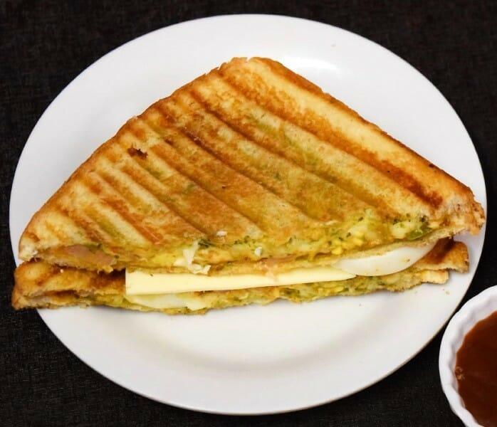 Egg Masala Sandwich (முட்டை மசாலா சாண்ட்விச்)