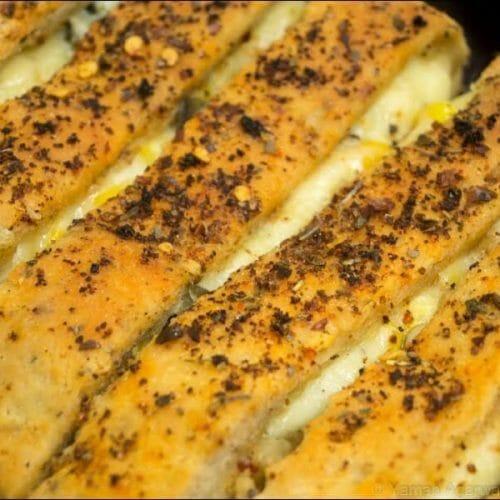 Garlic Cheese Bread Sticks