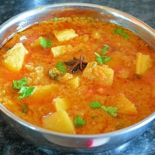 உருளைக்கிழங்கு குருமா / Potato Kurma