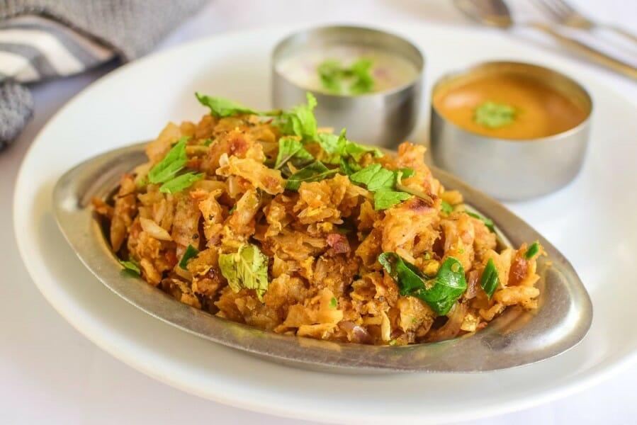 Egg Kothu Parotta / முட்டை கொத்து பரோட்டா
