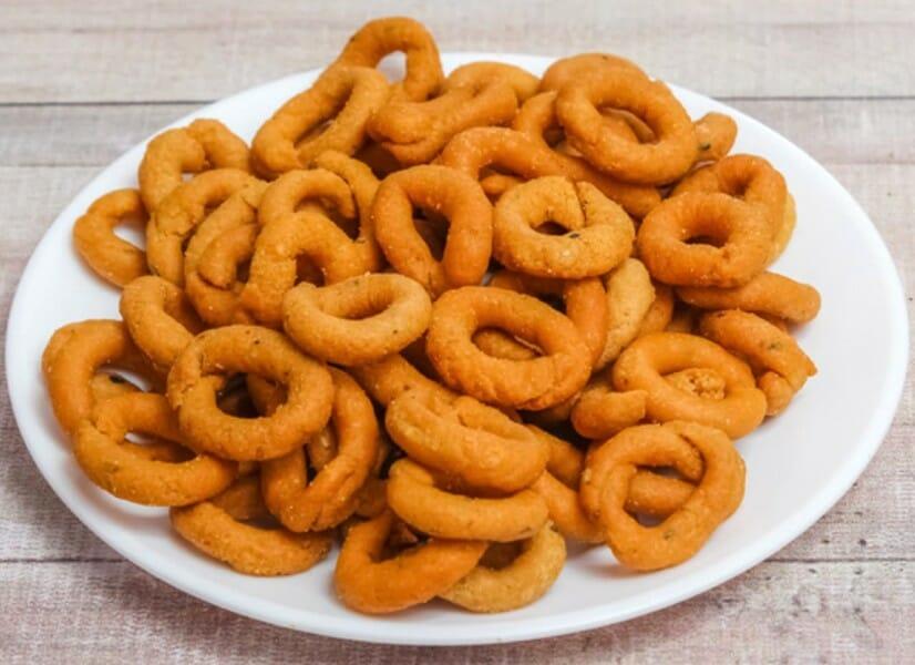 mosaru kodubale - 23 Must Have Diwali Sweets and Snacks
