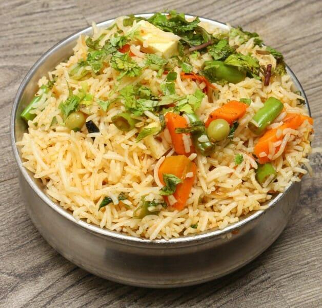 வெஜிடபிள் பிரியாணி / Vegetable Biryani